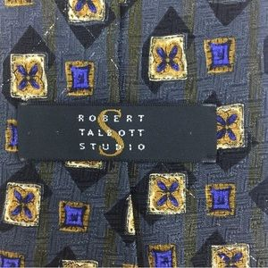 Robert Talbott Studio Silk Geometric Gray Gold